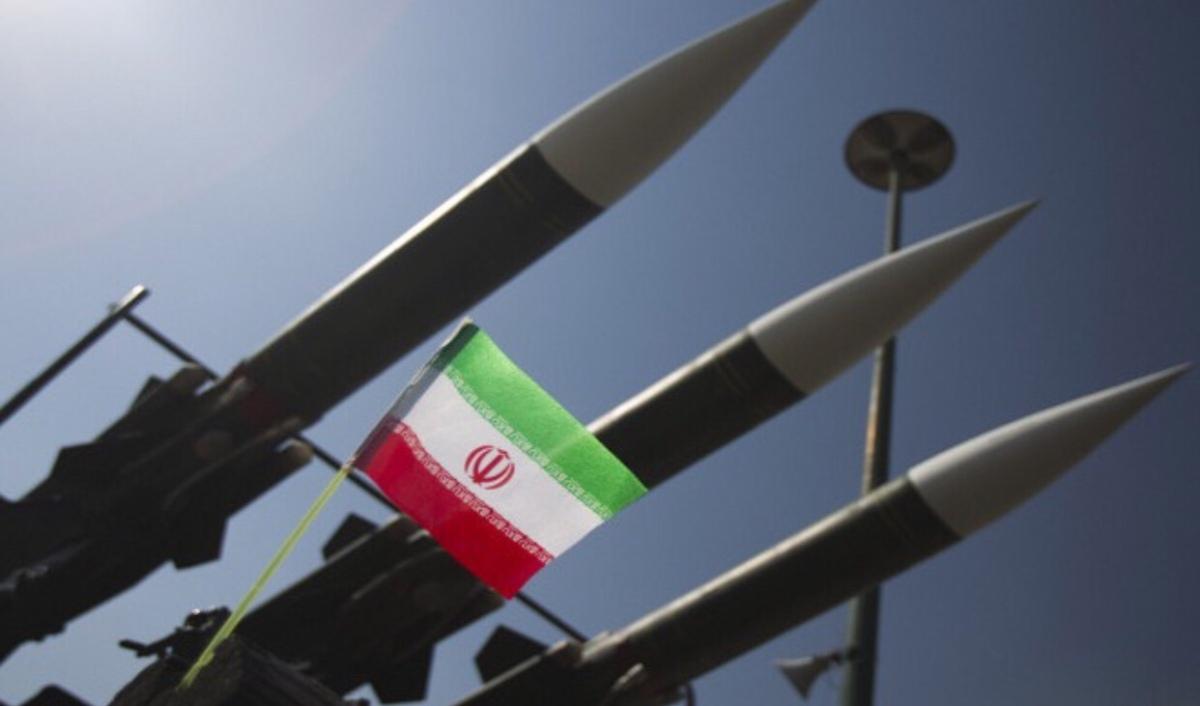 صواريخ ايرانية موجهة نحو الخليج!